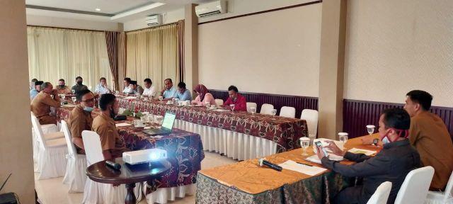 Rapat pembahasan Perusahaan Daerah Air Minum Tirta Madani