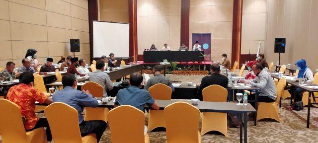 Rapat Pembahasan Raperda tentang Pengelolaan Keuangan